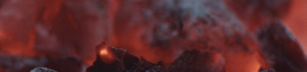 X-OVEN – grily a pece na dřevěné uhlí